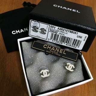 Chanel Classic Mini Earring