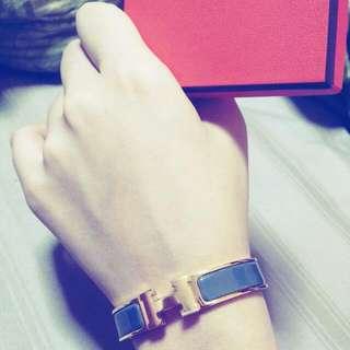*BRAND NEW* Hermes H clic bracelet *NEW COLOUR*