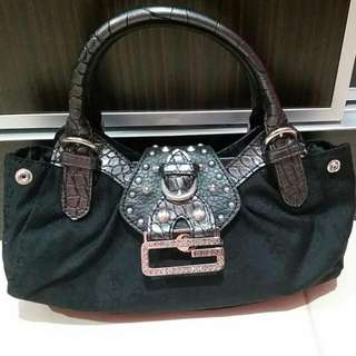 Re-post Preloved Guess Small Tote