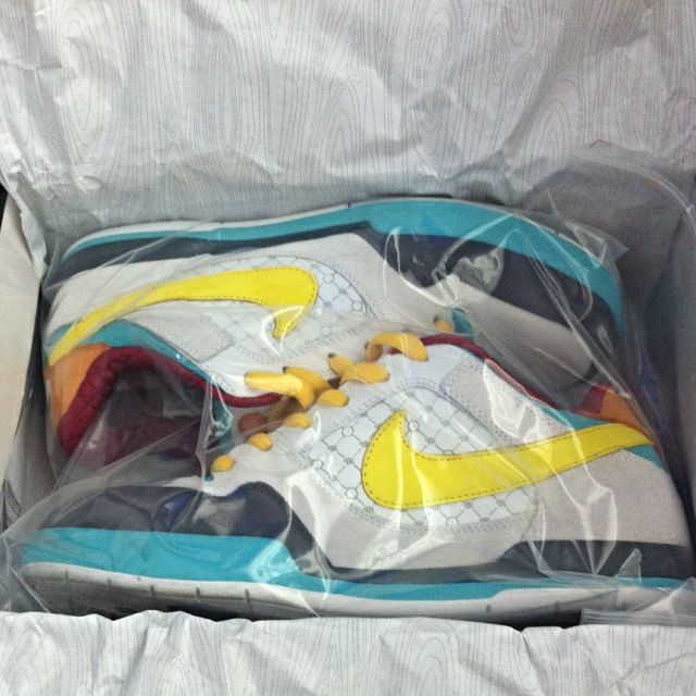 436d4063137a4 Nike Sb Paul Rodriguez 2 Zoom Air Easter on Carousell