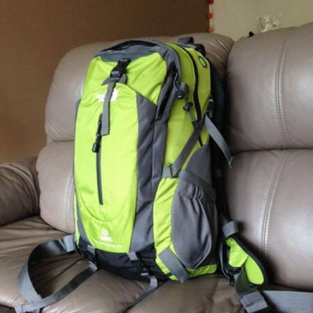 Brand New, THE NORTH FACE electron flight series 40L