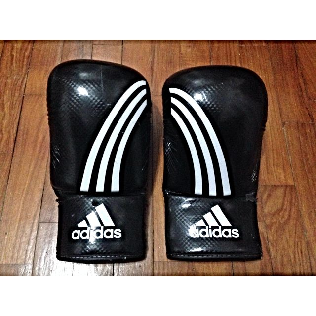 quite nice best loved where can i buy Adidas CLIMACOOL Response Boxing Gloves ( Black/White ...