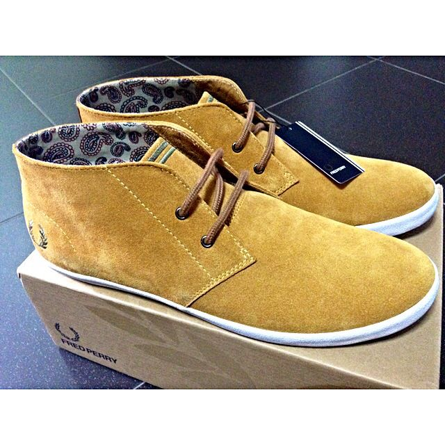 cc2ea50d7ab BNIB AUTHENTIC FRED PERRY SHOES   Fred Perry Byron Suede Chukka ...