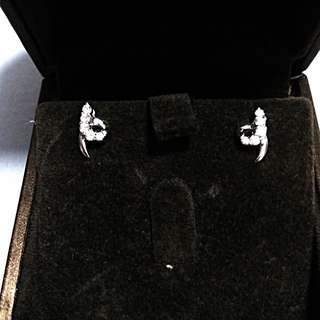 AUTHENTIC WHITE GOLD DIAMOND EARRINGS