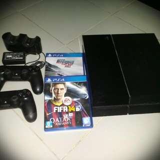 Play Station 4 (500GB)