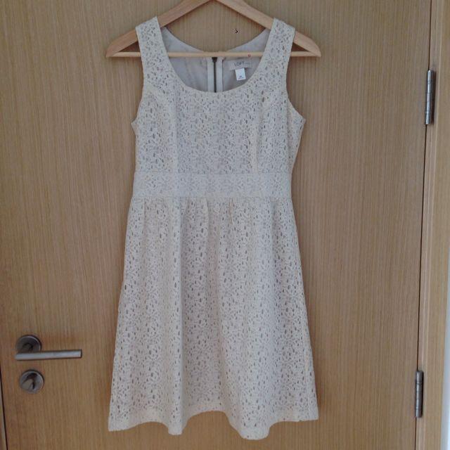 Ann Taylor Loft Petites Ivory Lace Dress