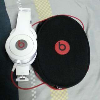 Used Authentic Beats Solo.