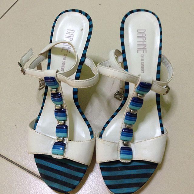 Size 6 Sandal , Heel