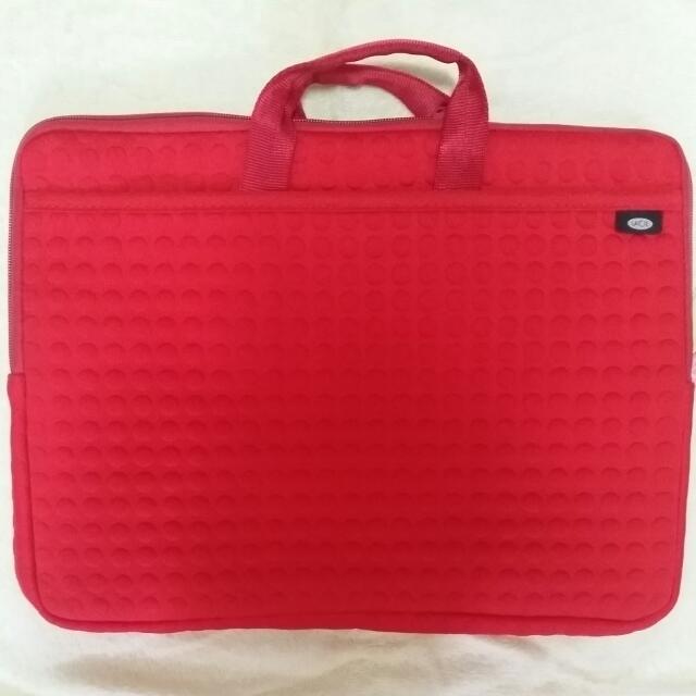 """LaCie Laptop Case - 13"""" Macbook Pro"""