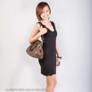 BN Scalloped Neckline Dress in Black
