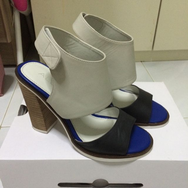 Authentic Aldo Strappy Heels