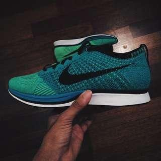 Nike Flyknit Racer Lucid Green