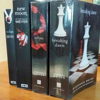 Twilight Saga Series By Stephenie Meyer