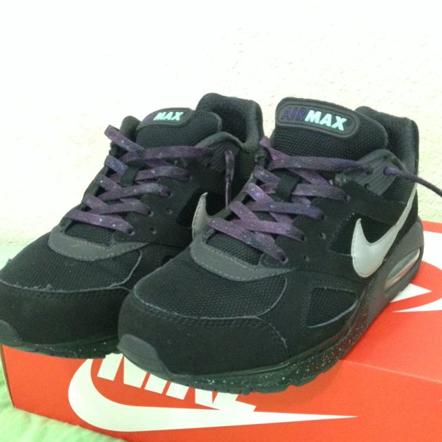Nike Air Max IVO & Custom Shoelaces, Sports on Carousell