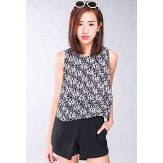 RALACI FLORAL LAYERED TOP - BLACK