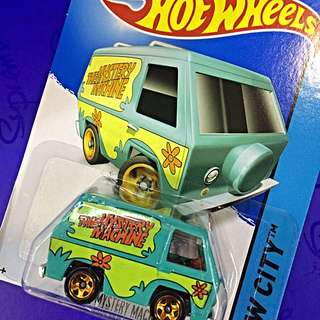Scooby Doo Van (Hot Wheels)