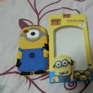Iphone 4s Minion Cover