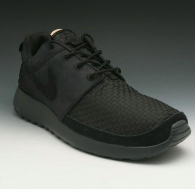 efe885bd458ed Nike Roshe Run Woven Black black