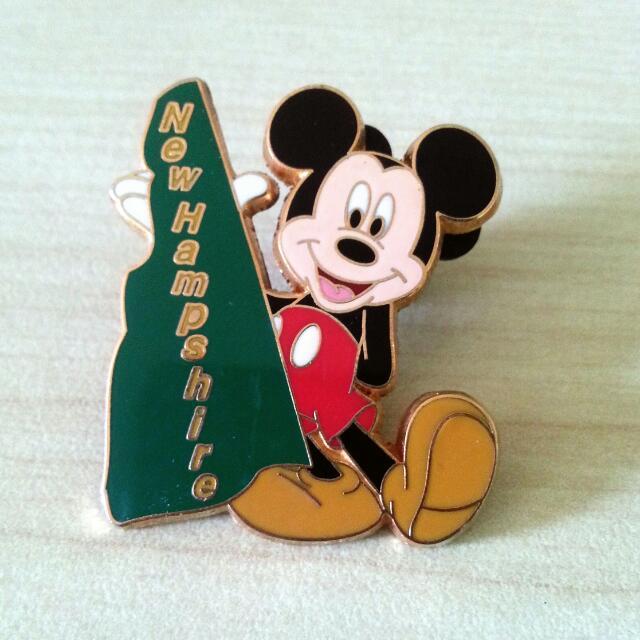 Disney Mickey Pin