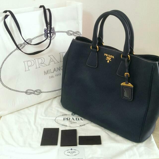 297aa8fa64c ... best price prada vitello daino shopping tote bag bluette blue saffiano  bn2420 luxury on carousell 6fd33