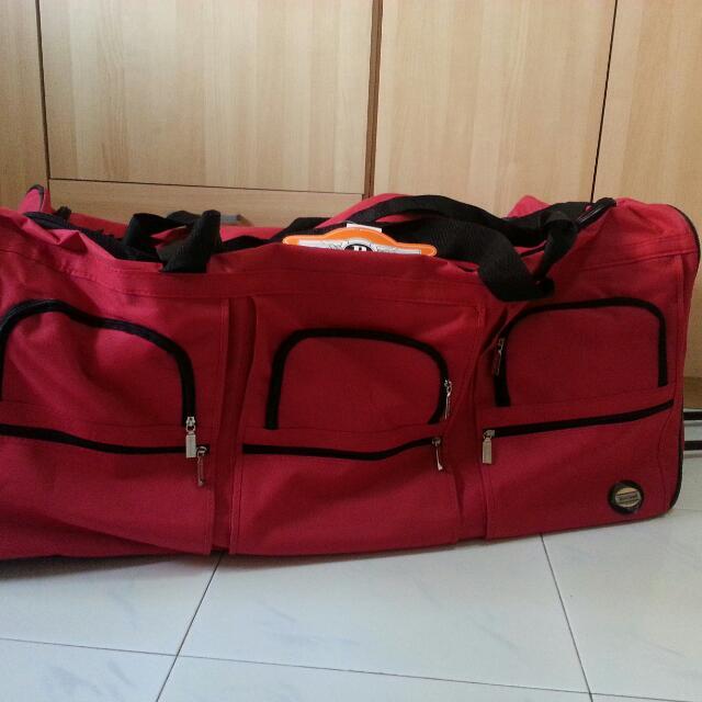 Rockland PRD340 40 Inch Rolling Duffle   Luggage  843ba893840a6