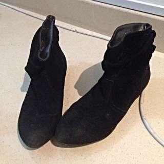 Pre-loved Carlo Rino Shoes