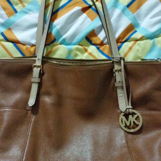 Authentic Michael Kors Jet Set Bag *REPRICED*