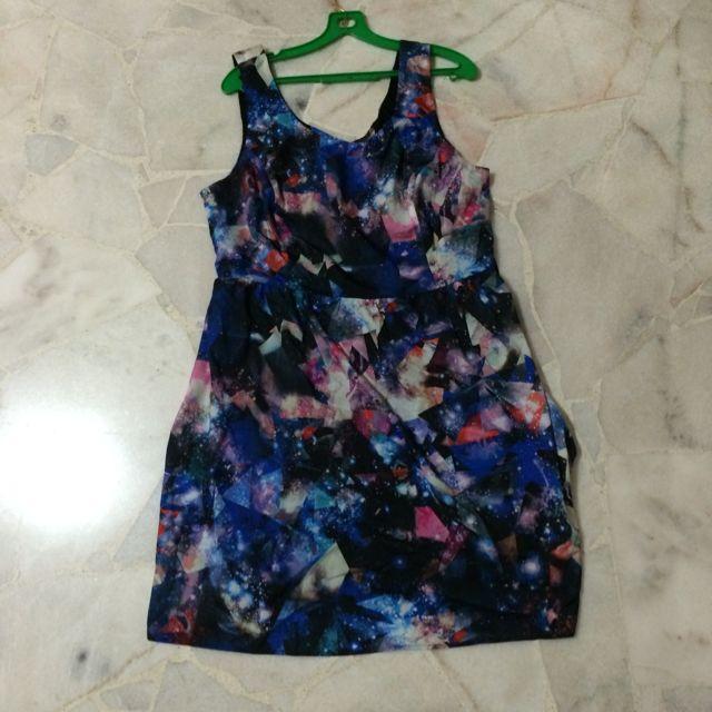 F21 galaxy dress (Plus Size) XL, Women\'s Fashion on Carousell