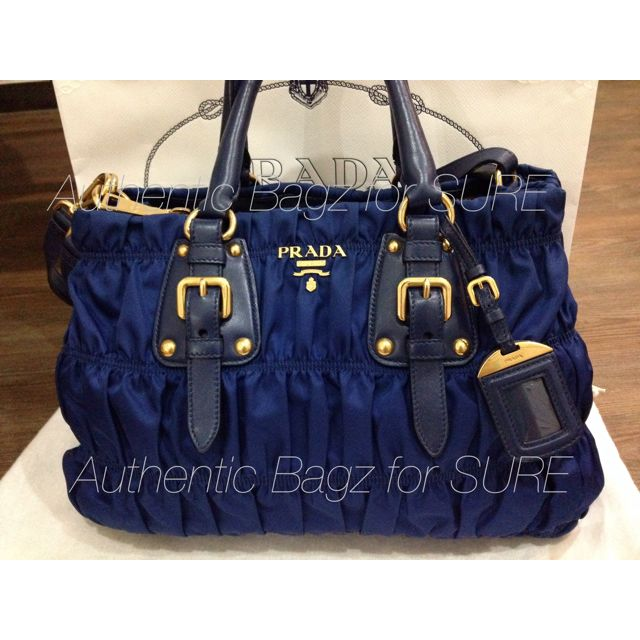 b7be3561290c PRELOVED Prada Tessuto Gaufre Tote Bag BN2346 in Limited Color Blue, Luxury  on Carousell