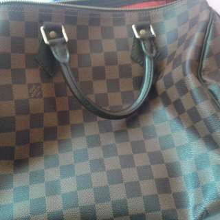 Mint AUTHENTIC LV Damier Speedy 30