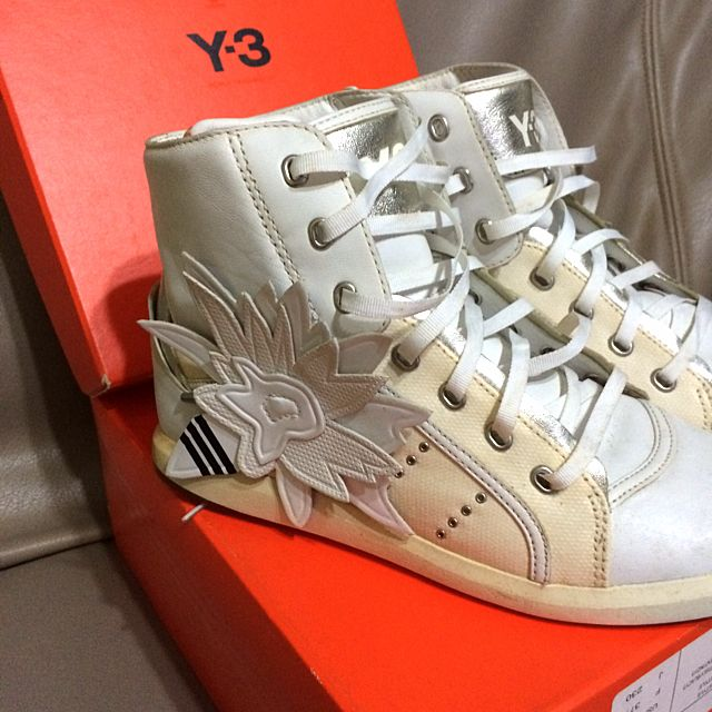 **REDUCED** Y3 High Cut Sneakers!!