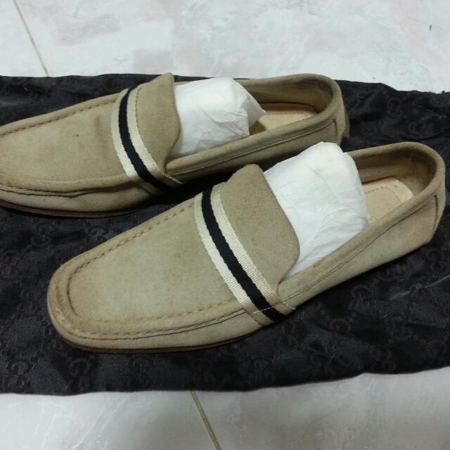 74714f05cd4 Preloved Authentic Gucci Loafers