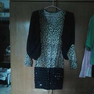 Leopard Print Dress With Baggy Sleeves