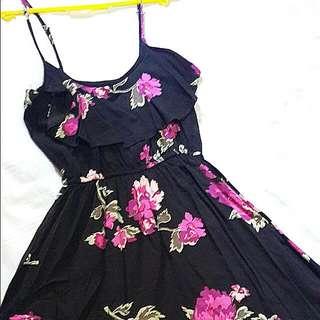 Strap Dress - Black Wif Red Roses Motifs
