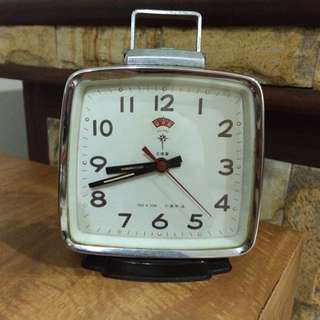 Vintage Table Clock - Polaris