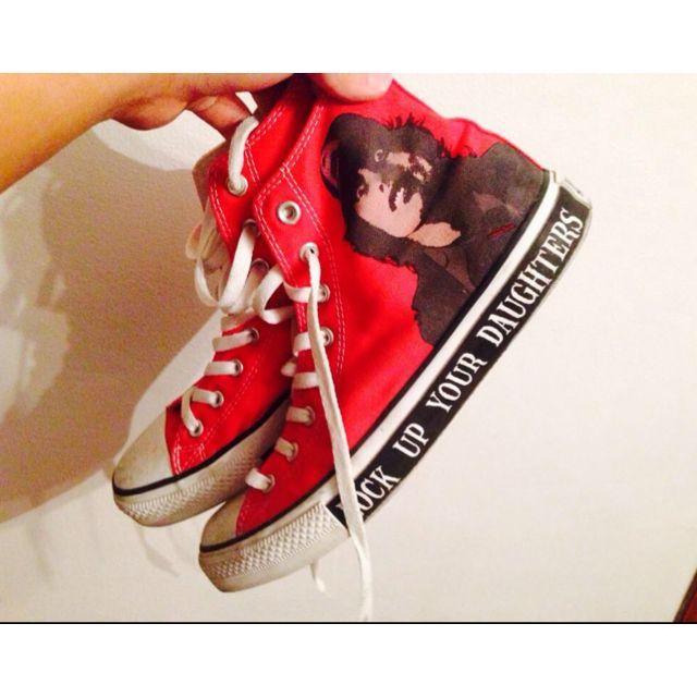 588fa09577b2 Converse x AC DC Sneaker