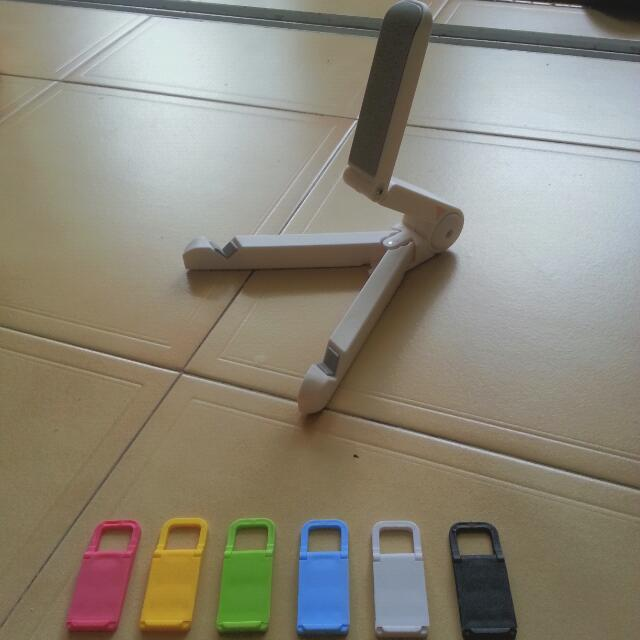 White Color Portable Mini Adjustable Tablet iPad Handphone Stand! FREE Gift Mini Handphone Stand!