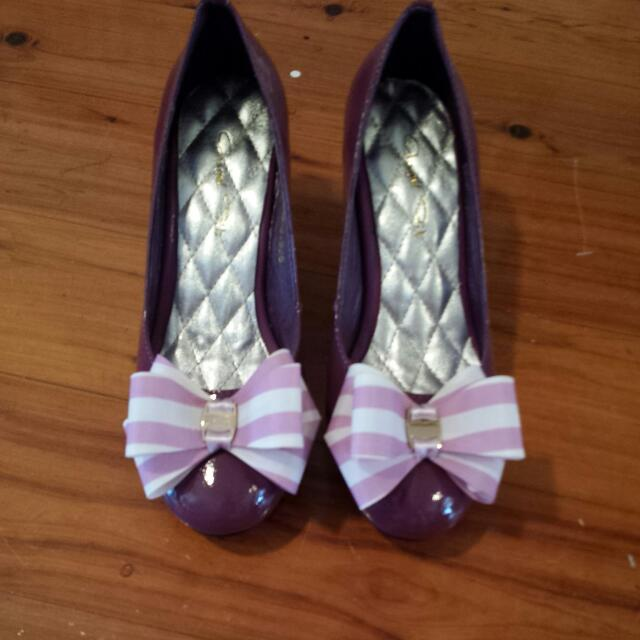 Heels With Bows ( Size 36/37)