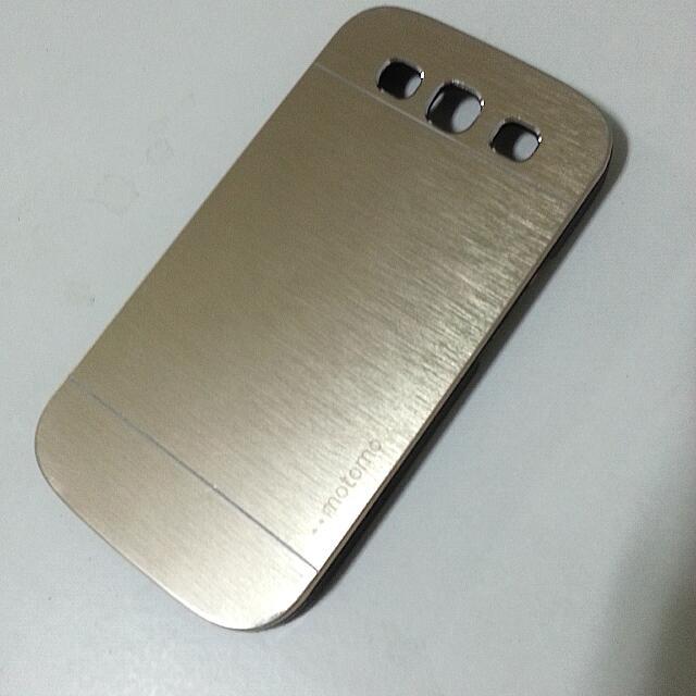 (Pending) S3 Motomo Gold Cover