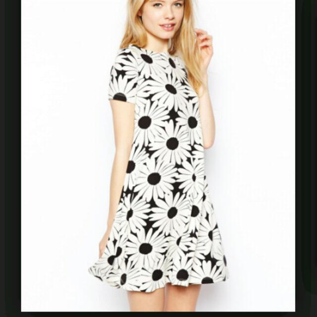 Reserved Asos Daisy Dress