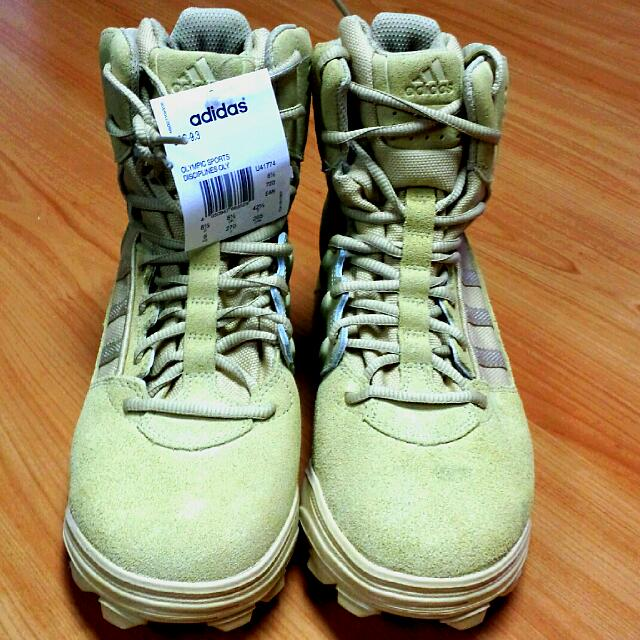 148c3d2e504 Adidas GSG 9.3 Desert Tactical Boots, Men's Fashion on Carousell