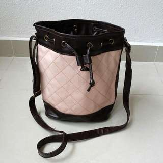 Quilted Bucket Bag In Light Pink