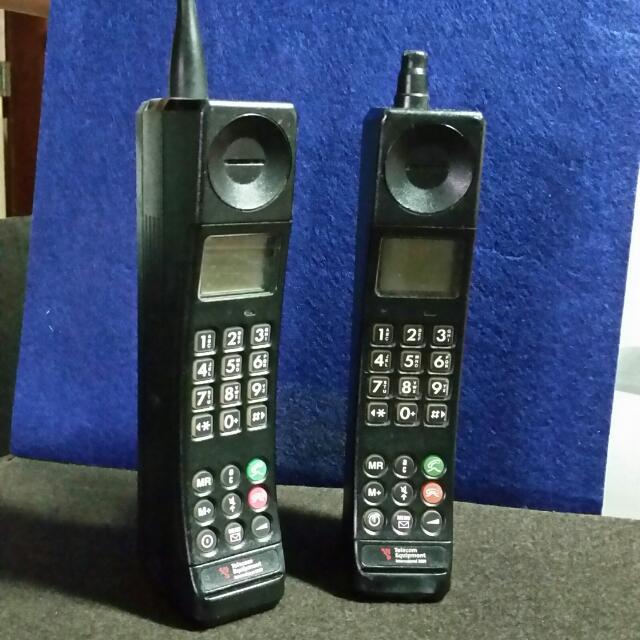"""Motorola """"Brick"""" Mobile Phone."""