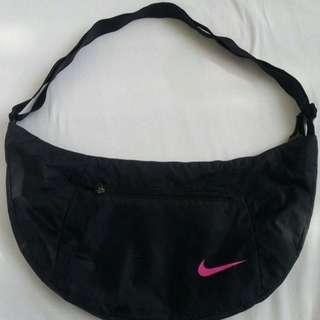 Nike Sling Bag ( Like New)