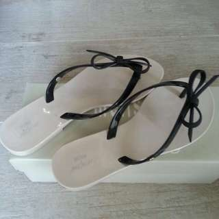 Melissa Rubber Sandals ( Brand new)