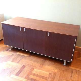 Deep Brown Cabinet Or TV Console In Great Condition Goin Cheap