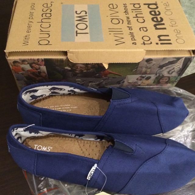 TOMS Male Shoes For Sale, Men's Fashion
