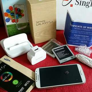 Wts Samsung S4 LTE With 16gd SD Card And Limited Edition Accessory And Extra Stuff