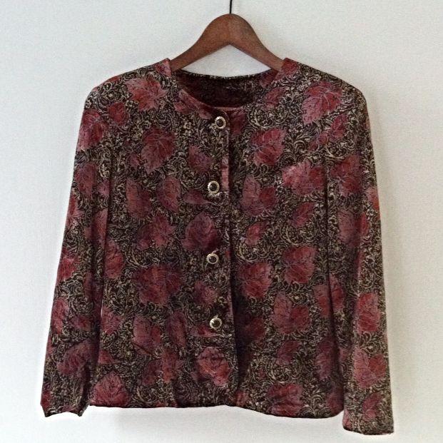 {Reduced} Floral Velvet Crew neck Jacket