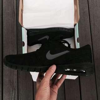 Nike Janoski Max Triple Black